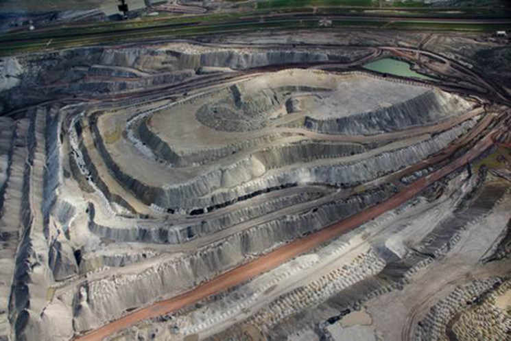 Black Thunder coal mine in Wyoming's Powder River Basin. Its owner filed for bankruptcy in January.